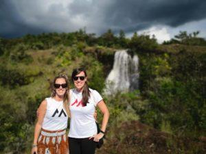 Viajeras Kasinde de trekking en el Kerio Valley, en Bamba Project